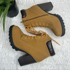 Women's Suede Lace Up Heel Boots